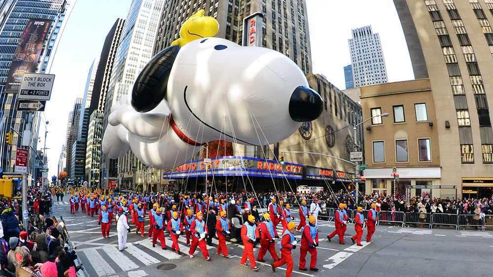 macys thanksgiving day parade in NYC