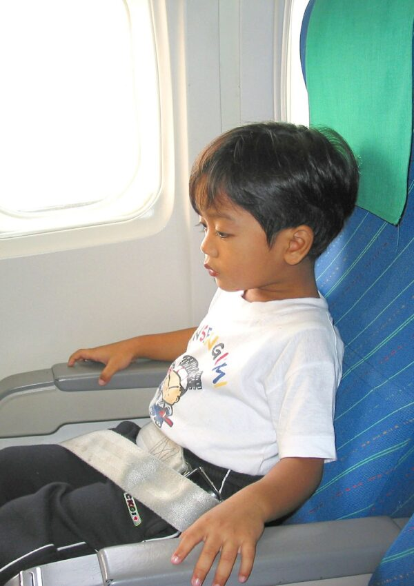 7 Tips for Flying with Children with Anxiety