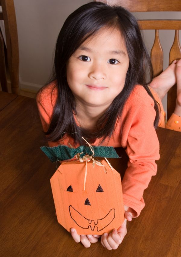 Perfect Pumpkin Crafts for The Fall Lovers in Your Family!
